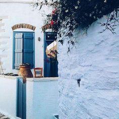 Τριγυρνώντας την Τήνο!!! Φώτο:@evita_ptin #Τήνος #tinos_island #visittinos #visitgreece #wu_greece16 #travelingreece #cyclades_islands #greekislands #greecelover Greece, Snow, Island, Instagram Posts, Outdoor, Greece Country, Outdoors, Islands, Outdoor Games