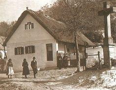 Váralja régi kép Old Pictures, Old Photos, Historical Photos, Homeland, Hungary, Budapest, Provence, Landscape, House Styles