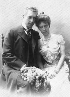 Prince Albert, later King Albert I of Belgium, w Duchess Elisabeth Gabrielle Valérie Marie in Bavaria, later Elisabeth, Queen of Belgium They were married in 1900