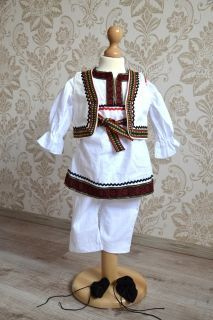 Costum popular Baietel Costumes, Popular, Blouse, Tops, Women, Fashion, Moda, Dress Up Clothes, Fashion Styles