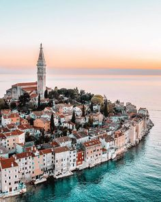 Pula, Beautiful Places To Travel, Most Beautiful Cities, Amazing Places, Beautiful Beautiful, Aloita Resort, Pacific Crest Trail, Photos Voyages, Croatia Travel