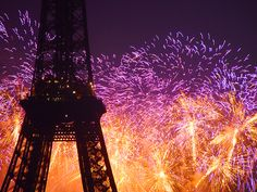 Image discovered by irinéia. Find images and videos about beautiful, photography and night on We Heart It - the app to get lost in what you love. Eiffel Tower Photography, Carcassonne, Fire Works, Paris Eiffel Tower, Eiffel Towers, Favim, Bastille, City Lights, Paris Lights