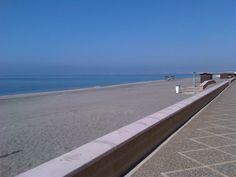 Spain, the sea, sun, lazy days...