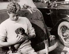 La historia Lugar - John F. Kennedy Foto Historia: Los primeros años: con el perrito