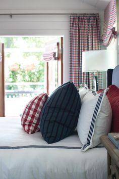 Master Bedroom Design Ideas From HGTV Urban Oasis 2015 >> http://www.hgtv.com/design/hgtv-urban-oasis/2015/master-bedroom-pictures-from-hgtv-urban-oasis-2015-pictures?soc=pinterest
