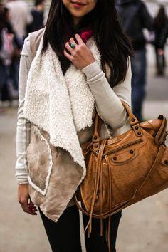 cognac brown leather #bag :: #Balenciaga