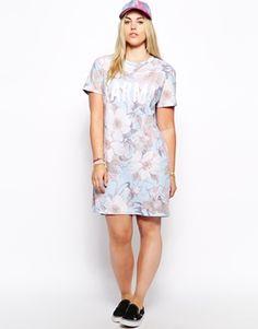 78e018d1ae29d Enlarge ASOS CURVE Exclusive T-Shirt Dress In Karma Floral Print Asos  Curve