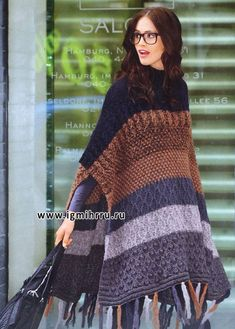 Another knitted poncho - posted for inspiration only. A crocheted poncho this length would be awesome! Knit Or Crochet, Crochet Scarves, Irish Crochet, Crochet Shawl, Crochet Clothes, Poncho Shawl, Knitted Poncho, Loom Knitting, Knitting Patterns