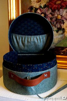 Gipsy Quilt: Escapade de matières... Creations, Quilts, Antiques, Suitcases, Accessories, Scrappy Quilts, Cartonnage, Crates, Dressmaking