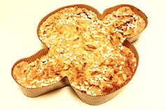 Dove cake for Easter: the Italian Colomba Pasquale - http://easyitaliancuisine.com/dove-cake-for-easter/