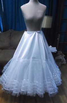 Katniss wedding dress diy