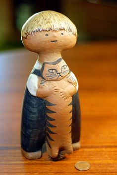 lisa larson ceramic - boy and cat This is just too adorable!