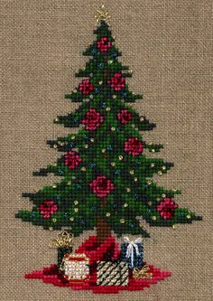 Virginia Douglas Christmas design using Kreinik Braid and Silk Mori. Cross Stitch Owl, Beaded Cross Stitch, Crochet Cross, Counted Cross Stitch Patterns, Cross Stitch Charts, Cross Stitch Designs, Cross Stitching, Cross Stitch Embroidery, Cross Stitch Christmas Ornaments
