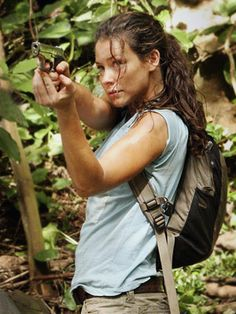 Evangeline Lilly as Kate on Lost Story Characters, Female Characters, Evangeline Lilly Wasp, Kate Austin, Serie Lost, Lost Tv Show, Female Character Inspiration, Tauriel, Chef D Oeuvre