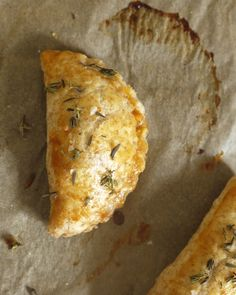 Recipe for empanadas filled with butternut squash and feta cheese