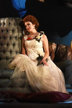 Sonia Ciani (Violetta), Atto I - foto Roberto Ricci (24/10/2014)
