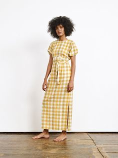 Ace and Jig Georgie Dress in Licorice-swatch shown in available fabric Beautiful Dress Designs, Beautiful Dresses, Awesome Dresses, Ace And Jig, Travel Dress, Everyday Dresses, Kimono Jacket, Maxi Dress With Sleeves, Maxi Dresses