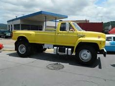 Parts associated with this truck (1994 Ford F700) | TPI