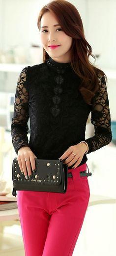 Elegant Long Sleeve Lace Blouse with Round Neck YRB0635