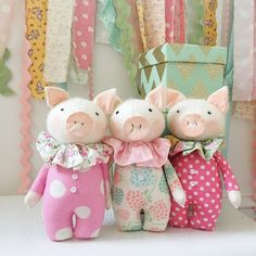 These piggies are listed on our page now and are going fast! Head over now to snatch up your favs before they're gone! Pig Crafts, Sewing Crafts, Sewing Projects, Fabric Animals, Sock Animals, Tilda Toy, Sock Dolls, Fabric Toys, Sewing Dolls
