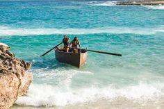 Mateo 4:18–22, Pedro y Andrés en su barca, en el mar de Galilea