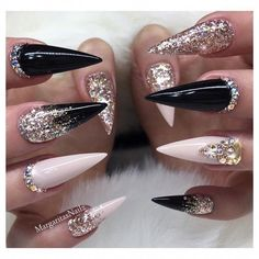 Nail art Christmas - the festive spirit on the nails. Over 70 creative ideas and tutorials - My Nails Stiletto Nail Art, Cute Acrylic Nails, Acrylic Nail Designs, Nail Art Designs, 3d Nails Art, Nails Design, Glam Nails, Bling Nails, Beauty Nails