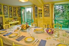 The dining room at Claude Monet's home in Giverny | dining-room.jpg (448×298)