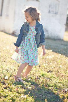 Spring dress//denim jacket #chasinivy