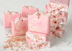 Learn how to make beautiful rose quartz inspired soap from scratch. It's scented with Rose Quartz Fragrance Oil and topped with pink sea salt. Soap Tutorial, Soap Display, Bath Melts, Glycerin Soap, Castile Soap, Rose Soap, Lavender Soap, Soap Packaging, Packaging Ideas