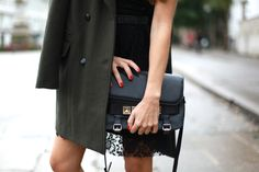 love this mix of textures and fall hues