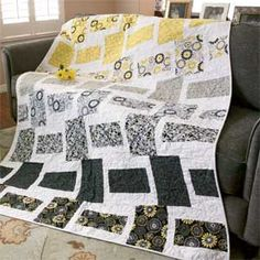 Crazy for Daisies: Quick Sophisticated Lap Quilt Pattern Designed and Machine Quilted by BEA LEE, patterned in McCall's Quick Quilts October/November 2013