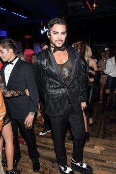 Pin for Later: Toujours Pas de Costume Pour Halloween? Ces Célébrités Vont Vous Donner des Idées Adam Lambert Déguisé En. . . Bah On Sait Pas