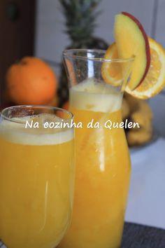 Suco+de+manga+com+laranja+e+gengibre-+Na+cozinha+da+Quelen+-+Receita+fácil-. Fruity Drinks, Summer Drinks, Healthy Drinks, Milk Shakes, Sumo Natural, Bebidas Detox, I Love Food, Healthy Life, Smoothies