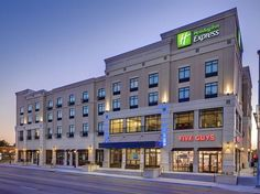 Kansas City (KS) Holiday Inn Express & Suites Kansas City KU Medical Center United States, North America Holiday Inn Express & Suites Kansas City KU Medica is conveniently located in the popular Kansas City area. Featuring a complete list of amenities, guests will find their stay at the property a comfortable one. Service-minded staff will welcome and guide you at the Holiday Inn Express & Suites Kansas City KU Medica. All rooms are designed and decorated to make guests feel r...