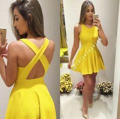 98a592b90 Como encontrar o vestido curto ideal para o seu corpo