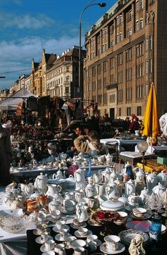 The Vienna Naschmarkt Heart Of Europe, Antique Market, Bavaria Germany, Vienna Austria, World Market, Fleas, Trip Planning, Dolores Park, Street View