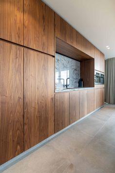 Home Decor Kitchen, Kitchen Furniture, Kitchen Interior, New Kitchen, Bright Kitchens, Cool Kitchens, Wooden Kitchen, Rustic Kitchen, Deco Design
