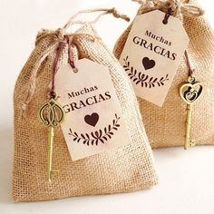 Ideas para bodas al aire libre Wedding Favours, Wedding Gifts, Wedding Tags, Bridal Shower, Baby Shower, Holidays And Events, Ideas Para, Diy And Crafts, Burlap