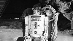 KENNY BAKER, THE ACTOR WHO BROUGHT R2-D2 TO LIFE, PASSES AWAY