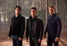 Still of Ian Somerhalder, Paul Wesley and Michael Trevino in The Vampire Diaries (Damon Salvatore, Tyler Lockwood, Stefan Salvatore)