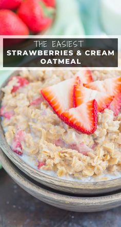 Strawberries and Cream Oatmeal is a deliciously simple way to start your day. With just a few ingredients and ready in minutes, this sweet and creamy oatmeal will keep you going all morning long! #oatmeal #strawberryoatmeal #strawberriesandcreamoatmeal #stovetopoatmeal #oatmealrecipes #breakfast #breakfastrecipes Quick And Easy Breakfast, Healthy Breakfast Recipes, Brunch Recipes, Recipes Dinner, Eating Healthy, Summer Recipes, Healthy Foods, Strawberries And Cream Oatmeal, Strawberry Oatmeal