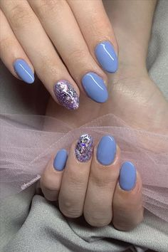 Seven inspirational blue nail art collections the stylish girl you must try - Abby FASHION STYLE Cute Nail Art Designs, Short Nail Designs, Summer Acrylic Nails, Girl Blog, Blue Nails, Light Art, Short Nails, Stylish Girl, Pretty Nails