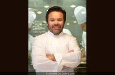Michel Troisgros - Michel Troisgros incarne la troisième génération d'une des plus grandes familles de la gastronomie française. Pour perpétuer l'épopée familiale, Michel Troisgros propose une cuisine qui se renouvelle sans cesse.