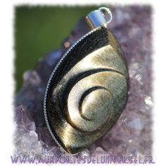 Pendentif caracol en Obsidienne dorée sur la boutique ésotérique en ligne Aux Portes de l'Universel