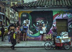 Abel Azcona: el artista que se hormonó para prostituirse como travesti