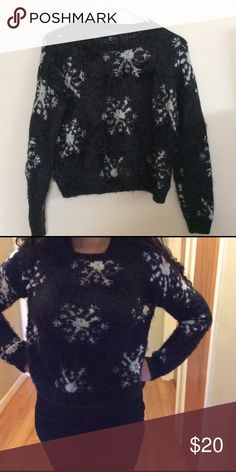 Top Shop snow flakes sweater-super soft Top shop snow flakes sweater, very soft cozy to touch, size run small, would fit a small or medium small person. In good used condition top shop Sweaters Crew & Scoop Necks