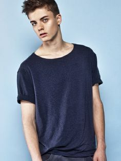 NAVY ROLL-UP SLEEVES T-SHIRT Navy classic t-shirt Classic Class Men class Basic men Perfect tshirt