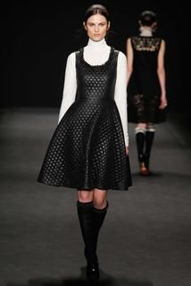 Vivienne Tam Fall 2015 Ready-to-Wear - Collection - Gallery - Style.com