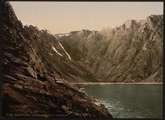 [Opstigningen til Nordkap (i.e., Nordkapp), Hornviken, Norway]      Repository: Library of Congress Prints and Photographs Division Washington, D.C. 20540 USA http://hdl.loc.gov/loc.pnp/pp.print
