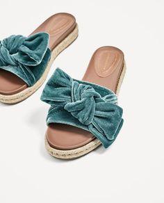 Image 4 of VELVET BOW SLIDES from Zara
